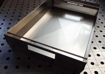 Schließdicht konstruierte Box